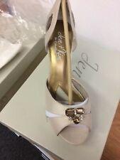 Jen+Kim by Coloriffics Passion Creme Silk Crystals Brides Closed Sandal 6 M