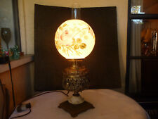 BRADLEY HUBBARD VINTAGE LAMP LIGHT  B&H  CONVERTED TO ELECTRICITY  BRASS N GLASS