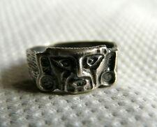 Piccolo ANELLO con Maschera Atzeca in argento  Brunito 925/1000