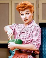 "LUCILLE BALL IN THE CBS TV SITCOM ""I LOVE LUCY"" - 8X10 PUBLICITY PHOTO (ZZ-899)"
