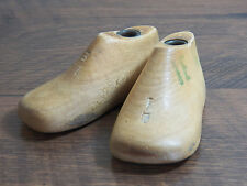 Childrens INFANTS Wood Wooden 1 Pair WII SIZE 1E Shoe Lasts Molds Cobbler