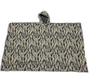 Under Armour Camouflage Hunting Large Pursuit Collection Cold Gear Poncho SAMPLE