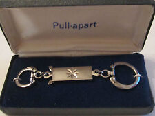VINTAGE PULL-APART KEY RING IN THE ORIGINAL BOX   -    BOX A