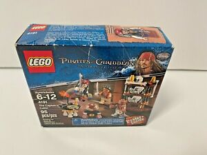 Lego 4191 Pirates of Caribbean The Captain's Table NISB Minifigs Weapons   New