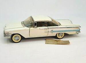 Franklin Mint 1960 Chevrolet Impala Hardtop 1:24 White No Box or Paperwork Rough