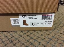 Ugg womans size 6 classic short boots