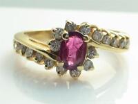 BEAUTIFUL RUBY & DIAMOND LADIES RING .50 DIAMONDS .50 RUBY NICE!