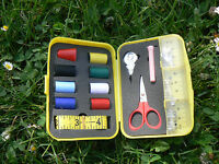 NUOVO Set per cucito Sewing kit giallo