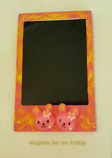 MAGNETIC INSTANT PHOTO FRAME MAGNET w PINK RABBITS FEATURE 8.7cm x 5.5cm - M274