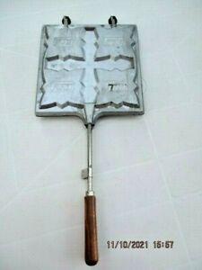 Ancien appareil croque-monsieur L'Etoile France en fonte d'aluminium pour 4