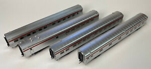 HO Gauge - 4 Heavyweight Pullman passenger cars with interiors, knuckle couplers