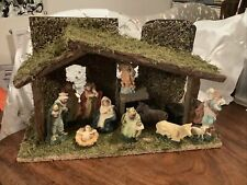 12 Piece Traditional Nativity Scene Ceramic Figures & Wood Stable Musical Xmas