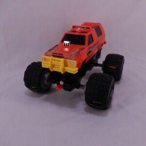 Vintage 1991 Galoob Animal Motorized Claw Monster Truck for Parts or Repair
