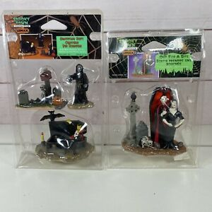 Lemax Spooky Town Halloween Out For A Bite Graveyard Shift Vampire Skeleton Tomb