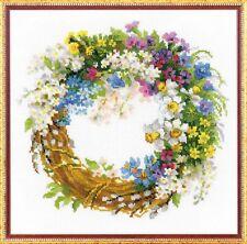 RIOLIS 1536  Couronne avec fleurs de cerisier  Broderie  Point de Croix compté