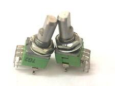 2 x 9mm Alpha B20K 20K Linear Taper Dual Potentiometer D Shaft w. Center Detent