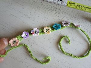 Haarkränzchen bunt auf hellgrün Häkelblumen UVP 10,90Euro