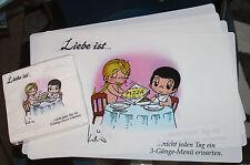 """4 x Tischset Platzset """" Liebe ist ... """" abwaschbar 45x30 cm + 20 Servietten NEU"""