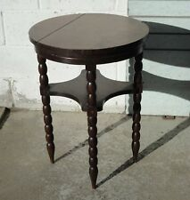 VINTAGE FRENCH OAK ROUND SIDE LAMP TABLE WITH BOBBIN LEGSS