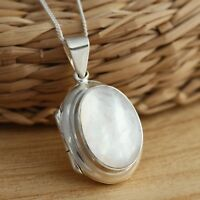925 Sterling Silver Mother of Pearl Oval Photo Locket Pendant Necklace Jewellery
