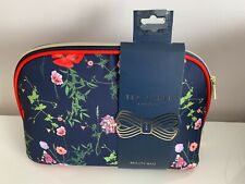 TED BAKER LARGE SECTIONED WASH BAG/COSMETIC BAG  HEDGEDROW DESIGN NEW WITH TAGS