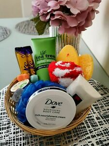 Ladies Women's Hamper For Her Pamper Hamper Gift Set Present Birthday Woman
