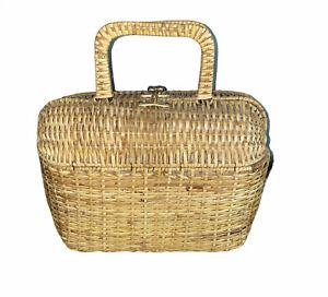 Wicker Purse Doctor Bag Handbag Straw Handled Toggle Clasp Inside Pockets LIned