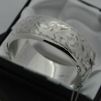 1962 Vintage Wide & Heavy 925 Silver 1/2 Engraved Scroll Design Bangle Bracelet
