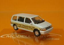 Busch 44623 Plymouth Voyager Woody silber 1:87 NEU