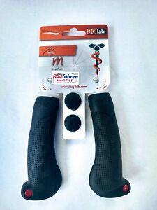 SQlab 711 Ergonomic Lock-on Bicycle Grips, Black, Med