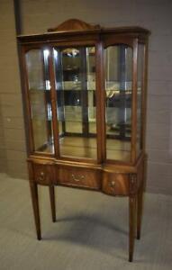 Vintage Hepplewhite Walnut Curio Cabinet Inlay Wood Lighted Interior