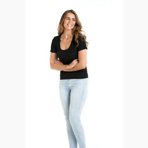 Stacey Rib Tee in Black by BETTY BASICS*