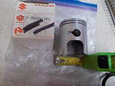 NOS OEM Suzuki Piston 1972-77 GT250 GT380 1969 T20 TC250  12110-33004-100