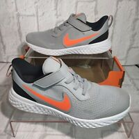 Nike Revolution 5 PSV NEW Indoor Non Mark Sole Leather Trainers UK Size 2 EU 34