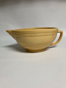 Vintage Yellow YORK Pottery Batter Bowl w/ Spout & Handle, Lg. 7 Cups, No Chips!