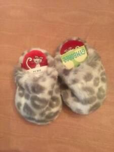 NWT Gymboree Gray Animal Print Faux Fur Baby Girl Slippers 3/4 & 7/8 Vintage