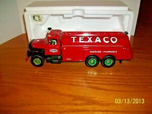 First Gear Texaco R-Model Mack Fuel Tanker  New in Box 1/34 Scale
