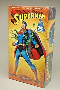"POLAR LIGHTS 2013 SUPERMAN 75th ANNIVERSARY MODEL KIT FACTORY SEALED 10"" TALL"