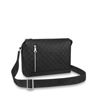 Men Bags / Louis Vuitton Discovery PM /  / N42415 / France