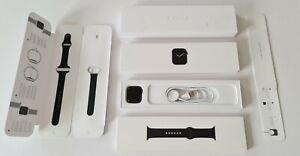 Apple Watch Series 6 - 40mm - GPS - Space Grey - 2022 Apple Warranty (VATINC)