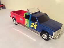 Chevy Dually 1 ton Jeff gordon 1:24 Truck Bank crewcab dupont action