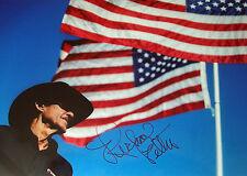 Richard Petty signé 12x8 NASCAR légendaire pilote récent Portrait