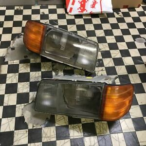 Mercedes Benz w126 560SEL 560SEC 500SEL SE Headlight Left and right set Rare