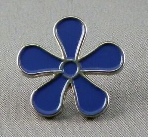 Forget Me Not (Dementia Care) pin  badge.