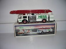 1989 HESS TOY FIRE TRUCK BANK WITH EXTENDED LADDER