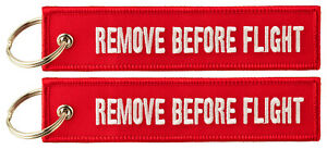 REMOVE BEFORE FLIGHT ™ Keyring Keychain 2x