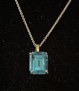 14kt rose gold 5cwt London blue topaz pendent necklace