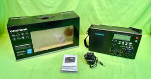 Mint Grundig Model S450DLX Portable AM/FM/Shortwave Field Radio w/ LCD Backlight