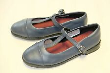 Clarks Navy Leather girl's T bar shoes sizes Kids sizes 1/33. 1.5/33.5 G New