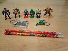 6 Marvel Characters, 2 Keyrings & 2 pencils